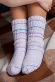 πλεκτές κάλτσες Στοκ εικόνα με δικαίωμα ελεύθερης χρήσης