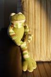Πλεκτός βάτραχος παιχνιδιών Στοκ Φωτογραφίες
