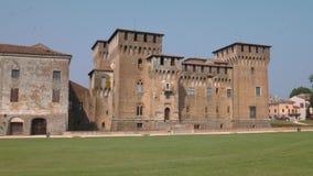 Πλευρική άποψη του κάστρου Αγίου George σε Mantua απόθεμα βίντεο