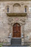Πλευρική είσοδος στον Άγιο Michael Ρωμαίος - καθολικός καθεδρικός ναός Στοκ εικόνα με δικαίωμα ελεύθερης χρήσης