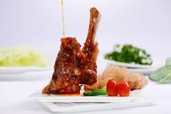 Πλευρό χοιρινού κρέατος που ψήνεται στοκ εικόνα