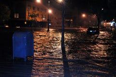 Πλημμυρισμένα αυτοκίνητα, που προκαλούνται από τον τυφώνα αμμώδη στοκ φωτογραφίες με δικαίωμα ελεύθερης χρήσης