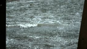 Πλημμύρα στο δρόμο φιλμ μικρού μήκους