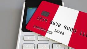 Πληρωμή ή POS τερματικό με την πιστωτική κάρτα που χαρακτηρίζει τη σημαία του Περού Περουβιανό λιανικό εμπόριο ή τραπεζικό σύστημ απόθεμα βίντεο