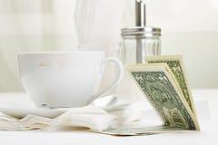 πληρωμή δολαρίων καφέ Στοκ φωτογραφία με δικαίωμα ελεύθερης χρήσης