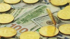 Πλούτος των bitcoins και των δολαρίων φιλμ μικρού μήκους