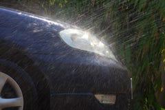 πλύση έκχυσης αυτοκινήτων στοκ εικόνα