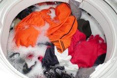 πλύση μηχανών ενδυμάτων Στοκ Φωτογραφίες