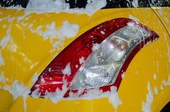Πλύσιμο αυτοκινήτων αφρού Στοκ Φωτογραφίες