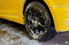 Πλύσιμο αυτοκινήτων αφρού Στοκ εικόνα με δικαίωμα ελεύθερης χρήσης