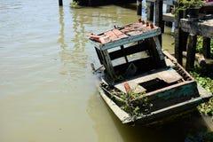 Πνίγοντας βάρκα Στοκ εικόνα με δικαίωμα ελεύθερης χρήσης