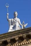Πνεύμα του αγάλματος του Λίβερπουλ στο κτήριο γκαλεριών τέχνης περιπατητών στοκ φωτογραφία με δικαίωμα ελεύθερης χρήσης