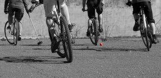ποδήλατα που παίζουν το πόλο Στοκ Εικόνες