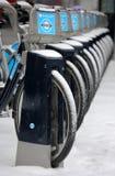 Ποδήλατα του Λονδίνου το χειμώνα Στοκ εικόνες με δικαίωμα ελεύθερης χρήσης