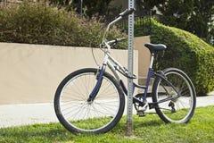 ποδήλατο που σταθμεύουν Στοκ Φωτογραφία