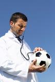 ποδόσφαιρο γιατρών Στοκ εικόνες με δικαίωμα ελεύθερης χρήσης