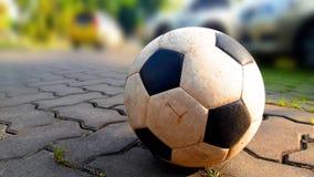Ποδόσφαιρο - εγκαταλειμμένος κεντρικός χώρος στάθμευσης Στοκ Εικόνες