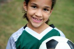 ποδόσφαιρο κοριτσιών σφαιρών Στοκ Εικόνες