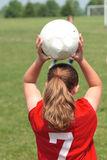 ποδόσφαιρο κοριτσιών 25 πε&d Στοκ Φωτογραφίες