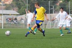ποδόσφαιρο παιχνιδιών u15 Στοκ φωτογραφία με δικαίωμα ελεύθερης χρήσης