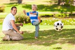 ποδόσφαιρο πατέρων ο παίζ&omicro