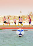 Ποδόσφαιρο στο χώρο Στοκ Εικόνες