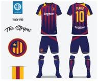 Ποδόσφαιρο Τζέρσεϋ ή πρότυπο εξαρτήσεων ποδοσφαίρου για τη λέσχη ποδοσφαίρου Το κόκκινο και μπλε πουκάμισο ποδοσφαίρου λωρίδων με διανυσματική απεικόνιση