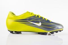 Ποδόσφαιρο της Nike μποτών Στοκ Εικόνες