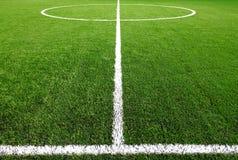 ποδόσφαιρο χλόης πεδίων Στοκ Φωτογραφίες