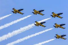 ΠΟΖΝΑΝ, ΠΟΛΩΝΙΑ - 14 ΙΟΥΝΊΟΥ: Σχηματισμός ομάδας Aerobatic Στοκ φωτογραφία με δικαίωμα ελεύθερης χρήσης