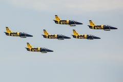 ΠΟΖΝΑΝ, ΠΟΛΩΝΙΑ - 14 ΙΟΥΝΊΟΥ: Σχηματισμός ομάδας Aerobatic Στοκ εικόνα με δικαίωμα ελεύθερης χρήσης
