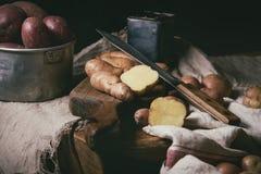 Ποικιλία των ακατέργαστων πατατών Στοκ Εικόνα