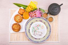 Ποικιλία των mooncakes για τον κινεζικό εορτασμό φεστιβάλ μέσος-φθινοπώρου Στοκ φωτογραφία με δικαίωμα ελεύθερης χρήσης