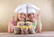 ποικιλίες ζυμαρικών κατσικιών καπέλων αρχιμαγείρων Στοκ φωτογραφίες με δικαίωμα ελεύθερης χρήσης