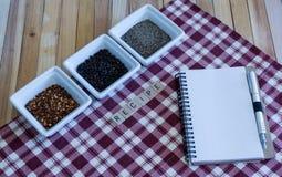 Ποικιλία-κενή σελίδα σημειωματάριων συνταγή-πιπεριών Στοκ Εικόνα