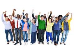 Ποικιλομορφίας περιστασιακή κοινοτική έννοια επιτυχίας ομάδας εύθυμη στοκ εικόνα με δικαίωμα ελεύθερης χρήσης
