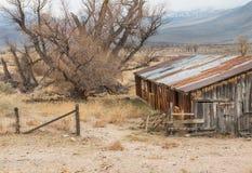 Ποιμενικό εγκαταλειμμένο αγρόκτημα στοκ εικόνες με δικαίωμα ελεύθερης χρήσης