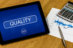 Ποιότητα στην ψηφιακή ταμπλέτα Στοκ εικόνες με δικαίωμα ελεύθερης χρήσης