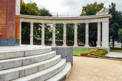 Πολεμικό μνημείο - μνημείο ηρώων του κόκκινου στρατού σε Schwarzenbergplatz στη Βιέννη, Αυστρία Στοκ Εικόνες