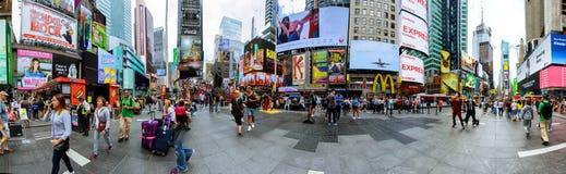 ΠΟΛΗ της ΝΕΑΣ ΥΌΡΚΗΣ - 15 Ιουνίου 2018: Η Times Square, είναι μια οδός της πόλης και της Αμερικής της Νέας Υόρκης πολυάσχολη διατ Στοκ φωτογραφία με δικαίωμα ελεύθερης χρήσης