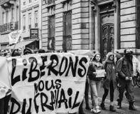 Πολιτικός Μάρτιος κατά τη διάρκεια μιας γαλλικής σε εθνικό επίπεδο ημέρας ενάντια στο Λα Macrow Στοκ φωτογραφία με δικαίωμα ελεύθερης χρήσης