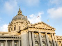 Πολιτικό κέντρο του Σαν Φρανσίσκο Δημαρχείο - Σαν Φρανσίσκο, Καλιφόρνια, ασβέστιο στοκ εικόνες