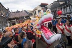 Πολιτιστική παρέλαση χορού δράκων στην Τζωρτζτάουν, Penang Στοκ Εικόνες
