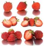 Πολλά διαφορετικά σύνολα φραουλών στο άσπρο υπόβαθρο, απομονώνουν με τις φράουλες, πολλή διαφορετική σε ένα φύλλο Στοκ Εικόνες