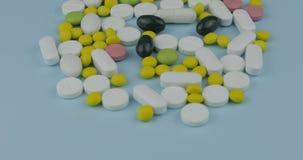 Πολλά διαφορετικά χάπια και φάρμακα Ιατρική, χάπια και ταμπλέτες στοκ φωτογραφίες