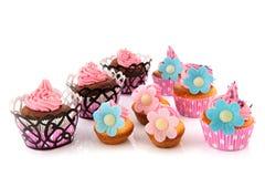Πολλά ζωηρόχρωμα cupcakes Στοκ Εικόνα