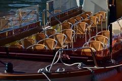 Πολλά καθίσματα στο σκάφος Στοκ Εικόνες