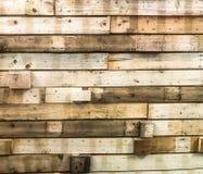 Πολλά σκληρά ξύλα που καρφώνονται μαζί σε έναν τοίχο στοκ εικόνες με δικαίωμα ελεύθερης χρήσης
