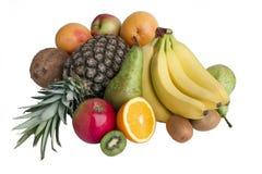Πολλά ώριμα φρούτα που απομονώνονται σε ένα άσπρο υπόβαθρο Στοκ φωτογραφία με δικαίωμα ελεύθερης χρήσης