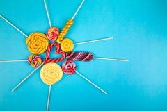 Πολλά lollipops στο υπόβαθρο στοκ φωτογραφία με δικαίωμα ελεύθερης χρήσης